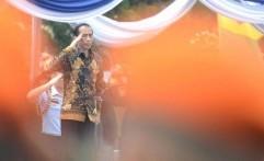 Seniman Bali Rampungkan Lukisan Hadiah Ulang Tahun Jokowi